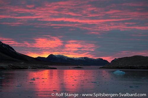 In Smeerenburgfjord
