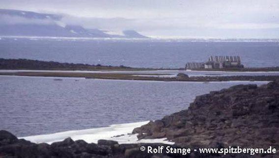 Trapperhütte auf der Halvmnåeøya