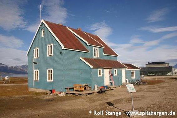 Alte Koldewey-Station (Blaues Haus), Ny Ålesund