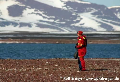 Spitsbergen - different ways to travel - Worsleyneset