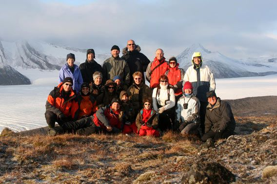 Group photo - Fridtjovbreen, 24 September 2008