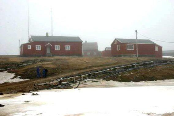 Weather station Bjørnøya Radio at Herwighamna, Bear Island