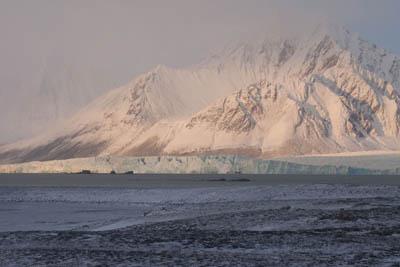 Polar Star aground - Nordre Dunoya