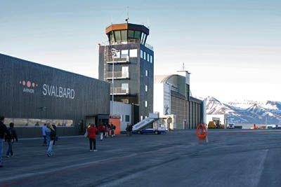 Pass control in Longyearbyen