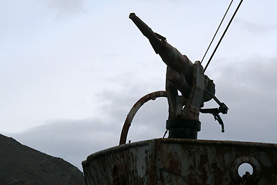 Norwegian whaling season has started - Harpoon gun