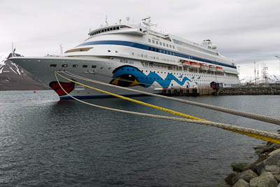 Introduction of compulsory pilotage in Spitsbergen - Aida Cara