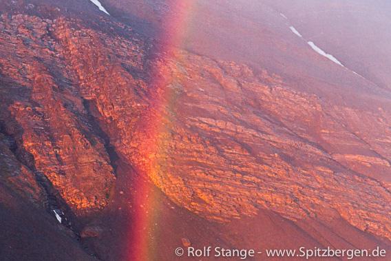 Regenbogen im Van Keulenfjord
