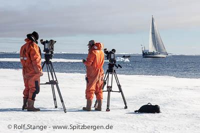 Spitzbergen-Fernsehtip: Überleben im Reich der Eisbären.