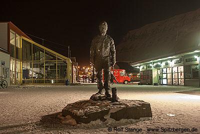 Norwegian coal mining, Spitsbergen.