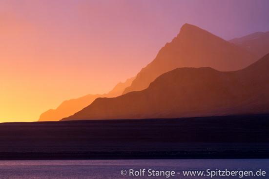 Sonnenuntergang im September, Spitzbergen
