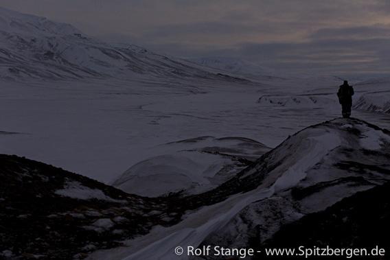 Polarnatt og nordlys nær Longyearbyen
