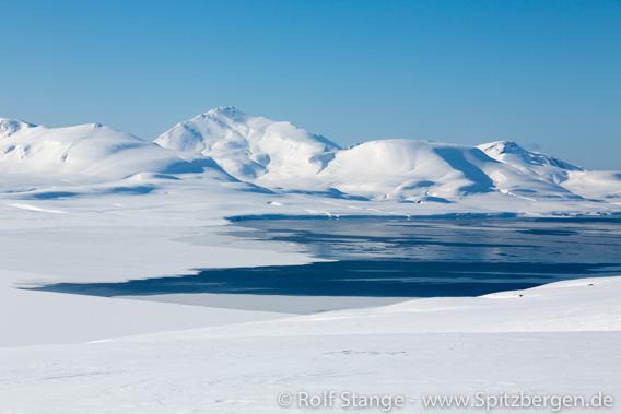 Grønfjord bei Barentsburg