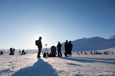 Solar eclipse in Spitsbergen, 20th March 2015: visitors