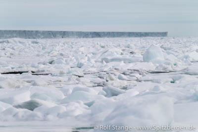 Glacier front Nordaustland