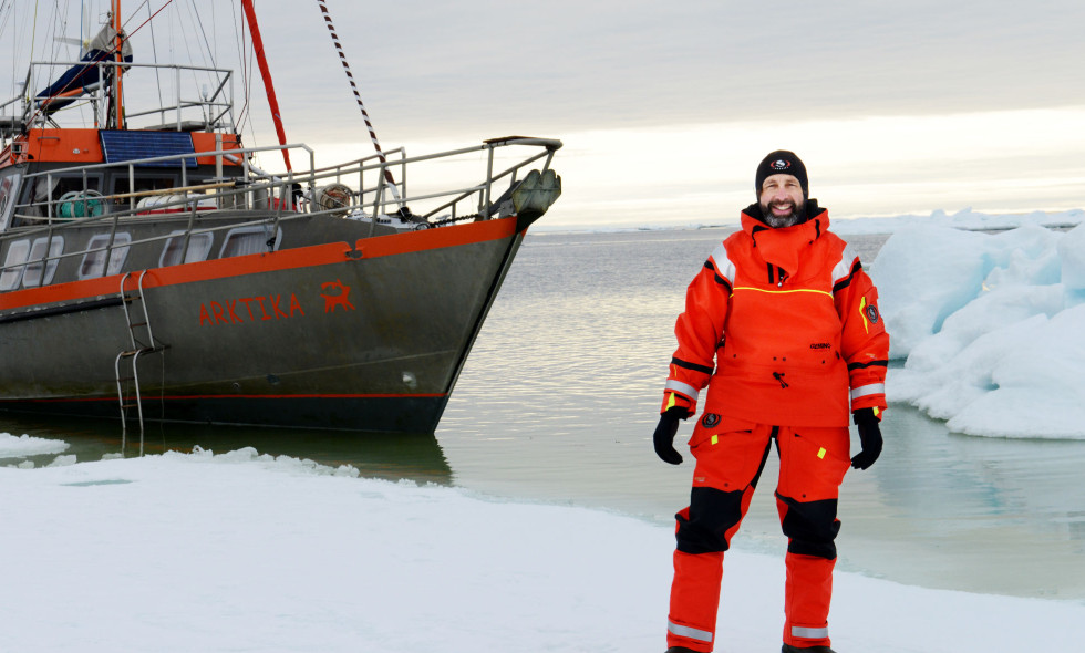 Gilles Elkaim on his boat Arktika
