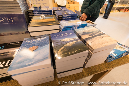 Arktis-Bücher von Rolf Stange: immer sinnvoller Lesestoff :-)