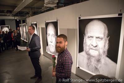 Ausstellung Saunassa Syntyneet (Born in Sauna) von Alexander Lembke, Tampere.