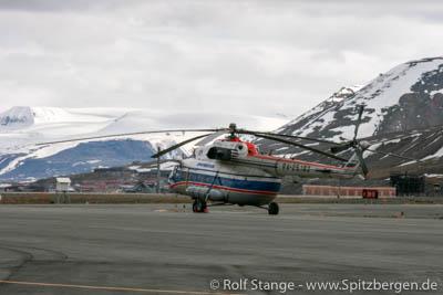 Russischer Hubschrauber Spitzbergen.