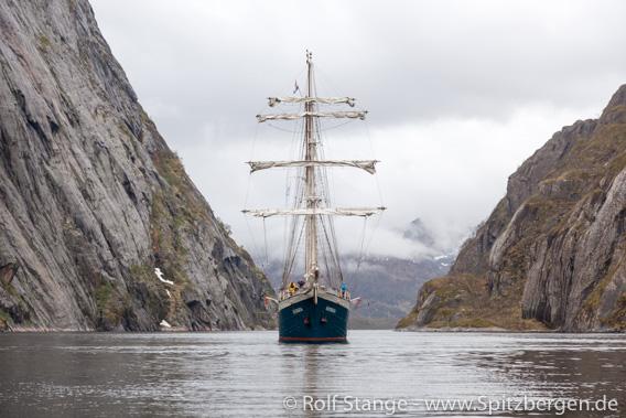 Antigua in Trollfjord