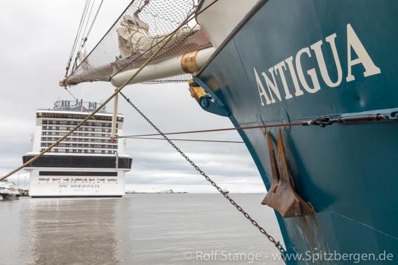 Vorsicht, nicht versehentlich auf das falsche Schiff gehen!