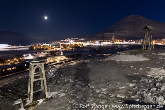 Longyearbyen in the polar night