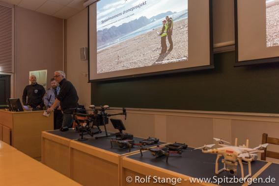 Svalbardseminar, UNIS: die Drohnenabteilung des Sysselmannen