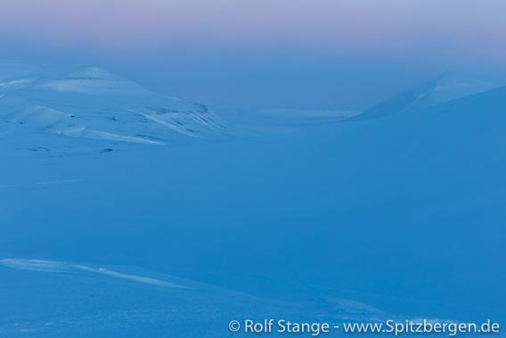 Eskerdalen, Licht beginnender Polartag Mitte Februar