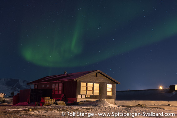 Polar night and polar light, Longyearbyen campsite