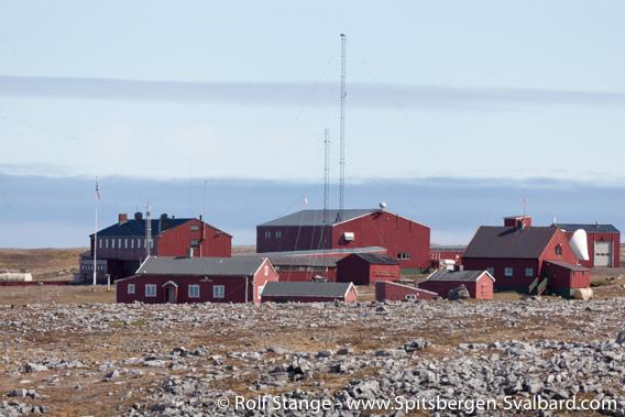 Weather station Bjørnøya Radio at Herwighamna, Bear Island (earlier called Bjørnøya Radio)