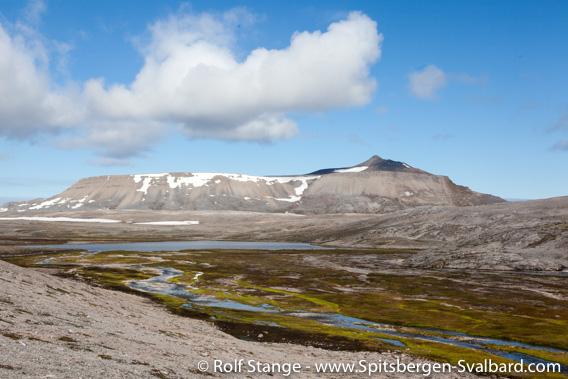 Miseryfjellet seen from Ymerdalen
