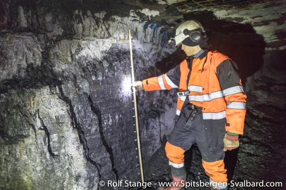 Geologe Malte Jochmann im Lunckefjellet