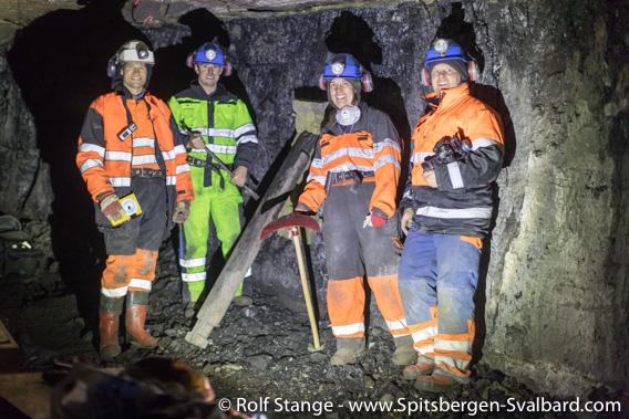 Malte Jochmann, Christopher Marshall, Maria Jensen and Rolf Stange, Lunckefjellet