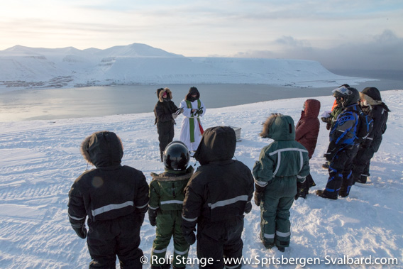Sun festival week Longyearbyen: Church service at Telelinken
