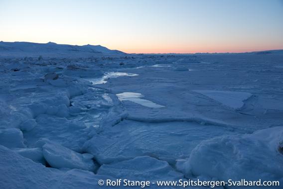 Is på kysten, Tempelfjord