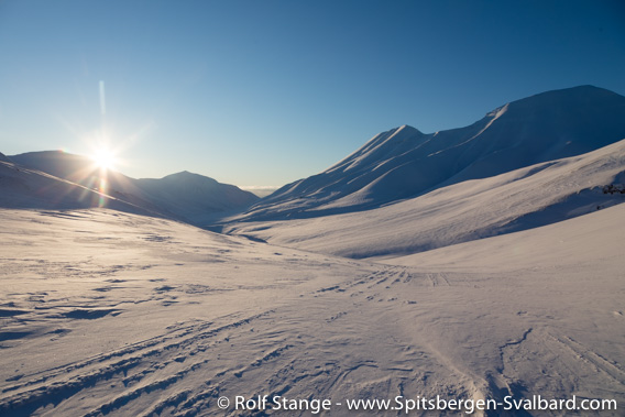 Sun, Nordenskiöld Land