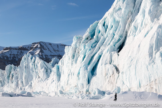 Gletscherfront des Tunabreen, Tempelfjord