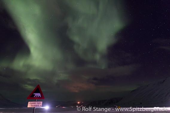 Nordlicht bei Longyearbyen
