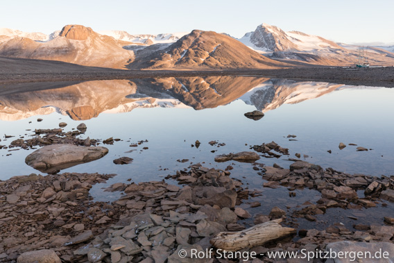Schöner Tag um Mitte September im Raudfjord
