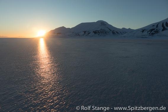 Eisbahn Adventdalen