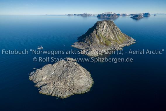 Rossøya, Vesle Tavleøya