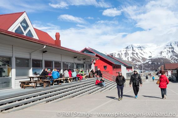 Turister, Longyearbyen