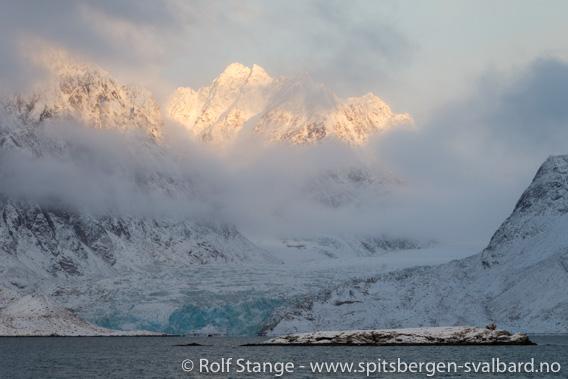 Fjell, Krossfjorden