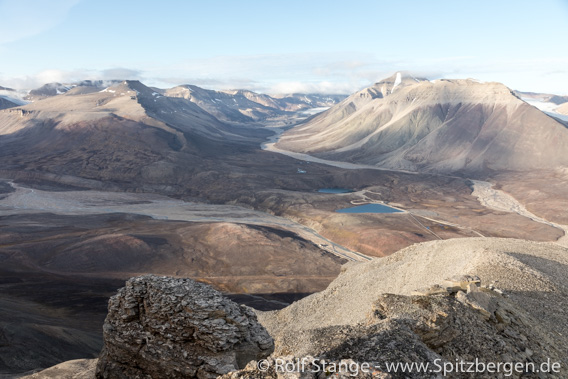 Blick vom Yggdrasilkampen ins Munindalen